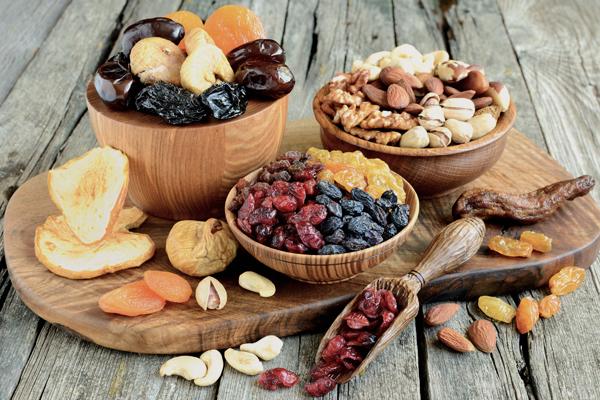 同じ果物でもドライフルーツの種類が多いのはなぜ?知っておきたい製造方法4つ